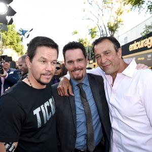 Mark Wahlberg, Kevin Dillon, Johnny Alves