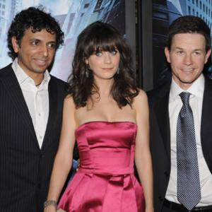 Mark Wahlberg Zooey Deschanel and M Night Shyamalan at event of Ivykis 2008