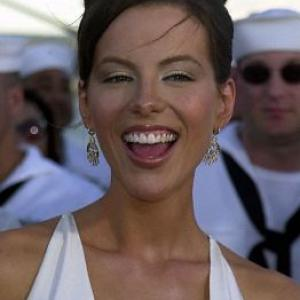 Kate Beckinsale at event of Perl Harboras 2001
