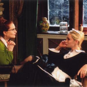 (l to r) Isabelle Huppert and Emmanuelle Béart