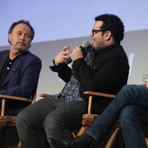 Billy Crystal, Josh Gad