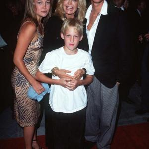 Goldie Hawn Kate Hudson Oliver Hudson and Wyatt Russell at event of The First Wives Club 1996