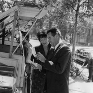 Jack Lemmon and Shirley MacLaine