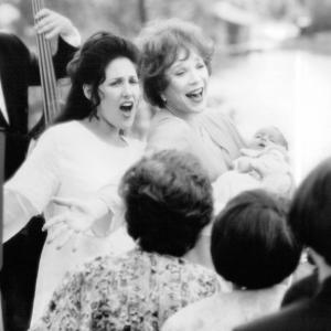 Still of Shirley MacLaine and Ricki Lake in Mrs Winterbourne 1996