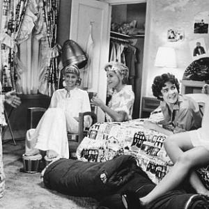 Still of Stockard Channing, Olivia Newton-John, Dinah Manoff, Didi Conn and Jamie Donnelly in Grease (1978)