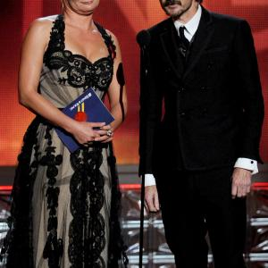 Martha Plimpton and Jeremy Davies at event of The 64th Primetime Emmy Awards (2012)