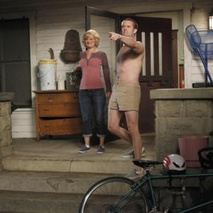Still of Martha Plimpton and Garret Dillahunt in Mazyle Houp 2010