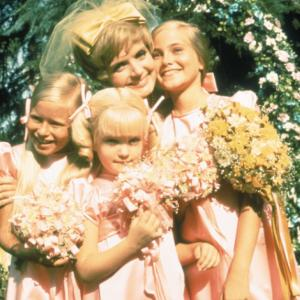 Still of Eve Plumb, Florence Henderson, Susan Olsen and Maureen McCormick in The Brady Bunch (1969)