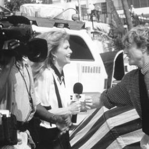 Still of Michelle Pfeiffer, Robert Redford and Glenn Plummer in Up Close & Personal (1996)