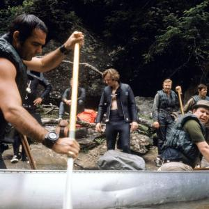 Still of Burt Reynolds and Ned Beatty in Deliverance (1972)