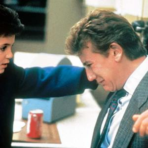 Still of Fred Savage and Judge Reinhold in Vice Versa 1988