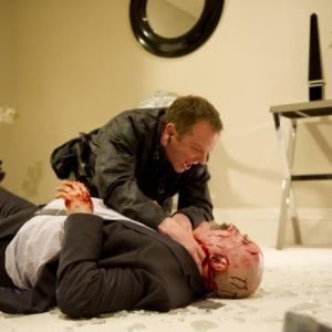 Still of Kiefer Sutherland and Daniel Smith in 24: Live Another Day (2014)
