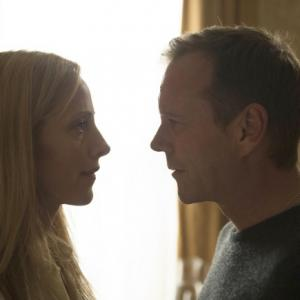 Still of Kiefer Sutherland and Kim Raver in 24: Live Another Day (2014)