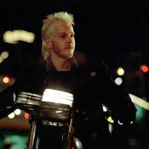 Still of Kiefer Sutherland in The Lost Boys (1987)