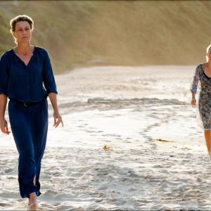 Still of Robin Wright and Naomi Watts in Perfect Mothers (2013)