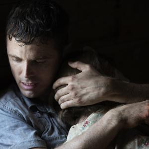 Still of Casey Affleck in Ain't Them Bodies Saints (2013)