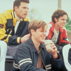 Still of Ben Affleck, Matt Damon, Casey Affleck and Cole Hauser in Gerasis Vilas Hantingas (1997)