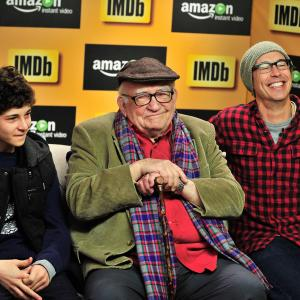 Edward Asner, Tom Cavanagh, David Mazouz