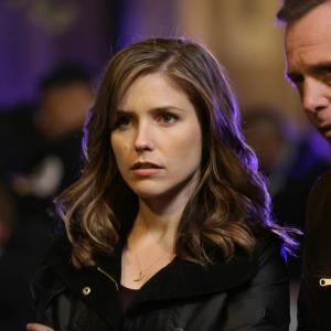 Jason Beghe, Sophia Bush