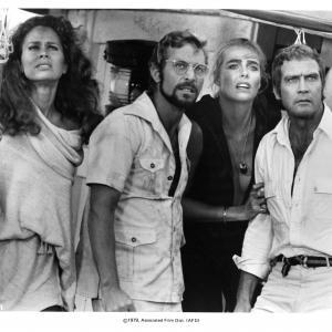 Margaux Hemingway Lee Majors Karen Black and James Franciscus at event of Killer Fish 1979