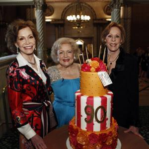 Carol Burnett, Mary Tyler Moore, Betty White