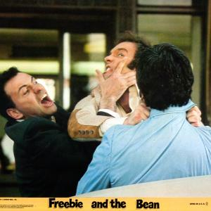 Still of Alan Arkin and James Caan in Freebie and the Bean 1974