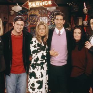 Still of Jennifer Aniston Courteney Cox Lisa Kudrow Matthew Perry and David Schwimmer in Draugai 1994