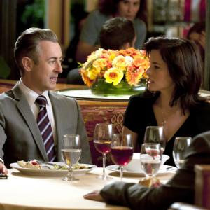 Still of Parker Posey and Alan Cumming in The Good Wife 2009