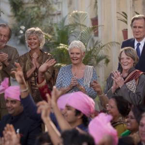 Still of Judi Dench Maggie Smith Diana Hardcastle Celia Imrie Bill Nighy and Ronald Pickup in Geriausias egzotiskas Marigold viesbutis 2 2015