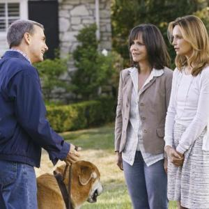 Still of Sally Field and Calista Flockhart in Brothers amp Sisters 2006