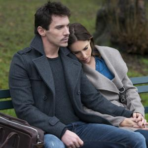 Claire Forlani, Jonathan Rhys Meyers
