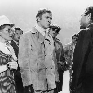 Michael Caine, Benny Hill, Margaret Blye, Michael Standing, Raf Vallone