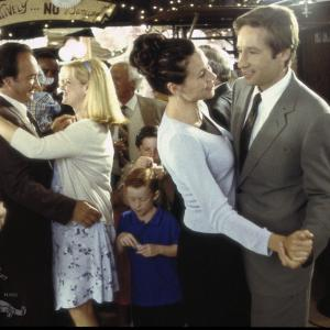David Duchovny, Minnie Driver, James Belushi, Bonnie Hunt