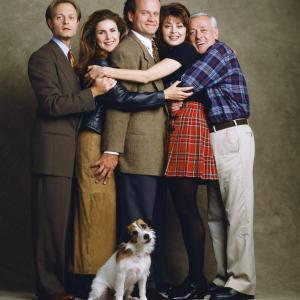 Still of Kelsey Grammer David Hyde Pierce John Mahoney Peri Gilpin Jane Leeves and Moose in Frasier 1993