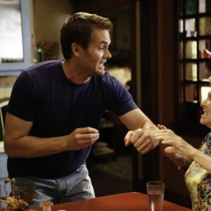 Still of Cloris Leachman and Garret Dillahunt in Mazyle Houp (2010)