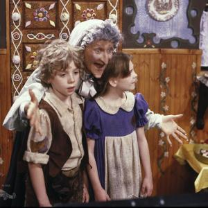 Still of Cloris Leachman in Hansel and Gretel (1987)