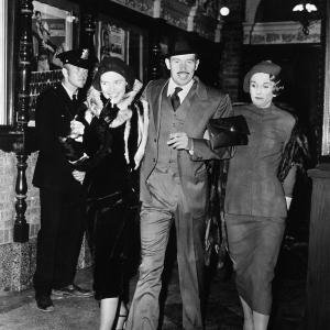 Still of Cloris Leachman, Warren Oates and Michelle Phillips in Dillinger (1973)
