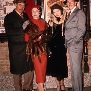 Still of Cloris Leachman, Ben Johnson, Warren Oates and Michelle Phillips in Dillinger (1973)