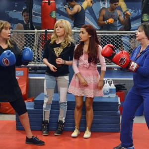 Penny Marshall, Cindy Williams, Jennette McCurdy, Ariana Grande