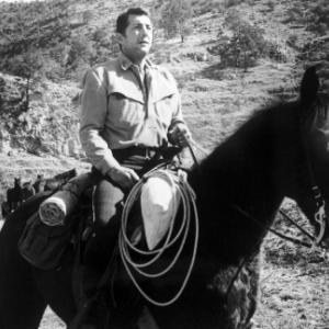 Still of Dean Martin in The Sons of Katie Elder (1965)