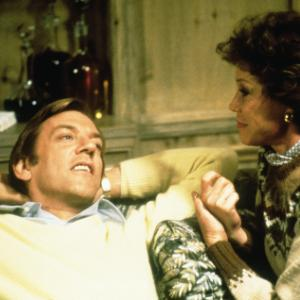 Donald Sutherland, Mary Tyler Moore