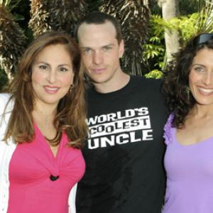 Kathy Najimy, Lisa Edelstein and Peter Paige at event of Say Uncle (2005)