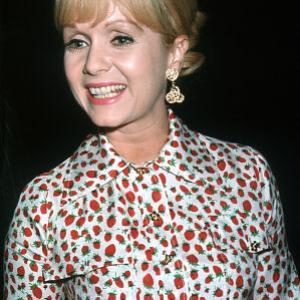 Debbie Reynolds c 1965