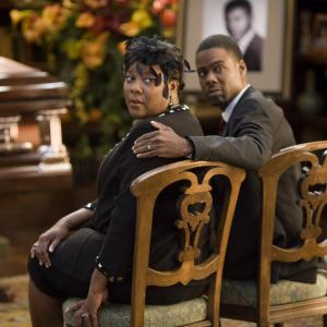 Still of Chris Rock and Loretta Devine in Death at a Funeral 2010