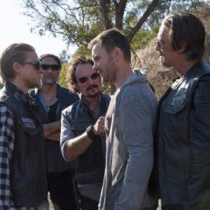 Still of Jimmy Smits, Kim Coates, Charlie Hunnam and Joel McHale in Sons of Anarchy (2008)
