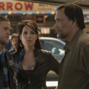 Still of Jimmy Smits, Katey Sagal and Charlie Hunnam in Sons of Anarchy (2008)