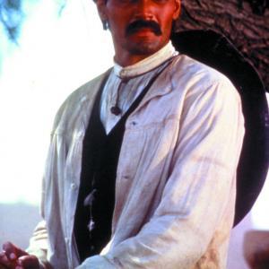 Still of Jimmy Smits in Old Gringo (1989)