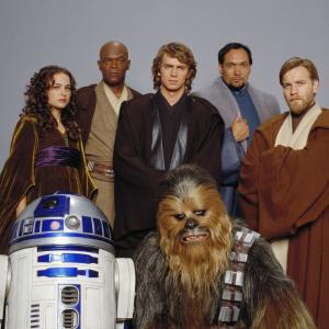 Samuel L. Jackson, Ewan McGregor, Natalie Portman, Jimmy Smits and Hayden Christensen in Zvaigzdziu karai. Situ kerstas (2005)