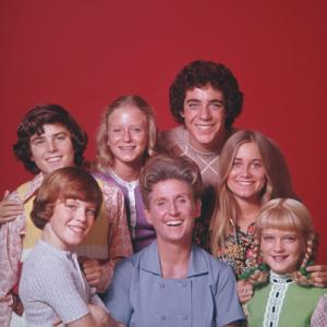 Eve Plumb, Susan Olsen, Ann B. Davis, Christopher Knight, Mike Lookinland, Maureen McCormick, Barry Williams