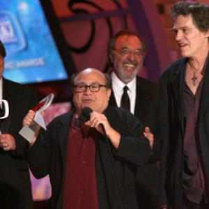 Danny DeVito, James L. Brooks, Jeff Conaway, Judd Hirsch and Randall Carver at event of The 5th Annual TV Land Awards (2007)